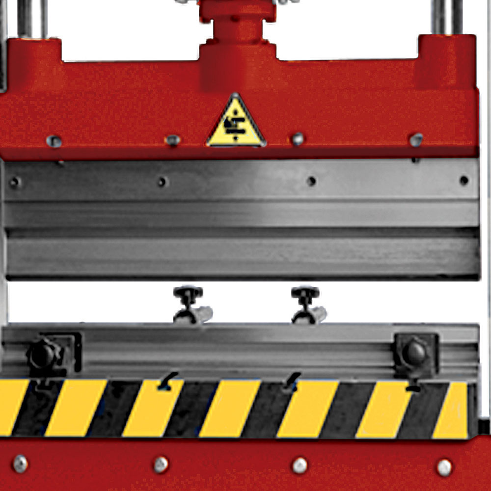 Universal T Slot Hydraulic Press HPT Detail
